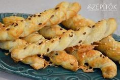 Hungarian Recipes, Hungarian Food, Crisp, Main Dishes, Recipies, Food And Drink, Vegetarian, Cheese, Diet