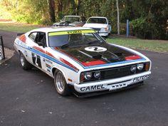 Replica of Australian Falcon XC Hardtop. Driven by Canadian Allan Moffat. Australian Muscle Cars, Aussie Muscle Cars, Ford Falcon, Car Ford, Ford Gt, Us Cars, Race Cars, Rat Rods, Ford Motorsport