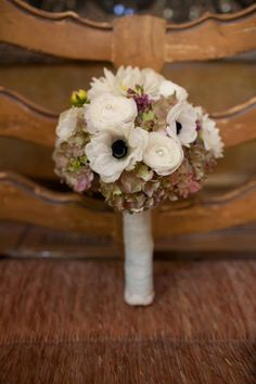 Love this bouquet. #DBBridalStyle