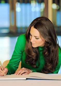 Princess Kate. I love this emerald green on her!
