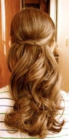Simple and pretty wedding hair - Click image to find more Weddings Pinterest pins