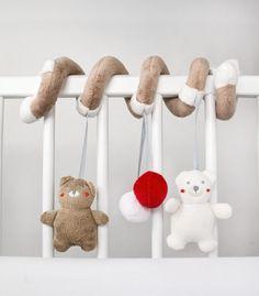 My Teddy - Baby Spielzeug zum Aufhängen Spirale von muzponyde auf DaWanda.com