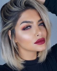 Love the hair color and style - Lieben Sie Ombre Hair, Balayage Hair, Pink Hair, Grey Hair, Blonde Hair With Roots, Blonde Hair Makeup, Platinum Blonde Hair, Platinum Grey, Hair Looks