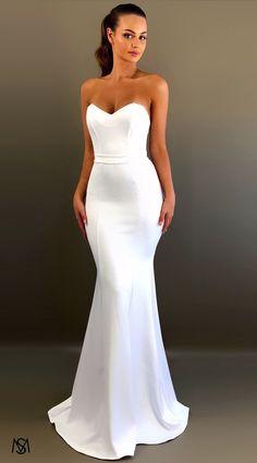 White III - Formal Prom Dress by STUDIO MINC Bridal Wedding Dresses, Dream Wedding Dresses, Bridesmaid Dresses, Deb Dresses, Prom Dresses, White Evening Gowns, Minimalist Wedding Dresses, Before Wedding, White Prom Dresses
