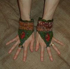 Faery Cuffs Fae FELTED WRIST WARMERS Autumn by tinkertailoruk, $31.00 Crochet Wool, Crochet Mittens, Wool Yarn, Crochet Hats, Wrist Warmers, Felting, Pixie, Headbands, Collars