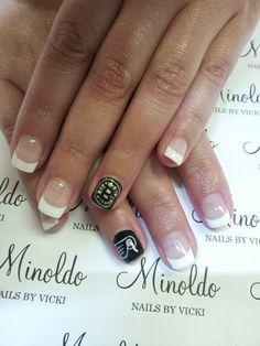 #nailart #nails #hockey #bostonbruins #philidelfiaflyers #minoldo #handpainted