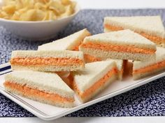 Pimiento Cheese Spread : With the sweet and spicy flavor of pimientos and tanginess of sharp cheddar, this sandwich spread is ideal for satisfying your salty-sweet cravings — not to mention, it takes only about 10 minutes to make. Pimento Cheese Recipes, Pimento Cheese Recipe Pioneer Woman, Jalapeno Cheese, Cheddar Cheese, Top Recipes, Cooking Recipes, Party Recipes, Recipes, Gourmet
