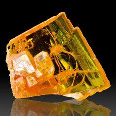 """bijoux-et-mineraux: """" Wulfenite - Rowley Mine, Arizona """""""