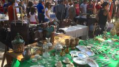The Feria de Tristán Narvaja is the famous Montevideo street market. It runs on Sundays early morning to mid-afternoon in the middle of Cordón neighborhood.