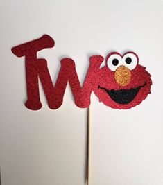 Celebrate their birthday with an Elmo Cake Topper- perfect for a Sesame Street Birthday Party! Topper is one sided. Diy Elmo Birthday Cake, Sesame Street Birthday Cakes, Elmo Cake, Girl 2nd Birthday, Sesame Street Party, Elmo Party, Birthday Cake Toppers, 2nd Birthday Parties, Birthday Ideas