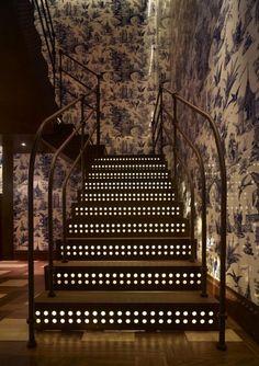 Restaurant Interior Design with Newyork Style by Autoban