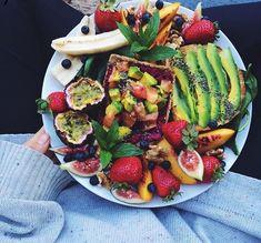 Healthy food how to healthy comidas saudaveis, comidas saborosas, lanches s Quick Healthy Breakfast, Healthy Snacks, Healthy Eating, Healthy Recipes, Eating Clean, Vegan Breakfast, Diet Recipes, Healthy Food Tumblr, Tumblr Food