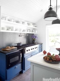 #Kitchen of the Month, April 2013. Design: Lynn Butler Beling. Kitchen Cabinets.