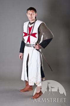 Tabar médiéval avec croix de chevalier croisé templier d'ArmStreet