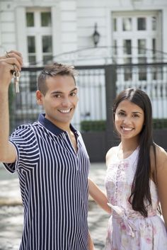 7 Killer First Time Home Buyer Tips #RealEstateBuzz