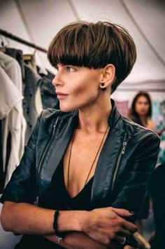 Most current Free Extra short bob on dark hair, strong mushroom . Suggestions Who invented the Bob hairstyle? Bob has b : Most current Free Extra short bob on dark hair, s Short Wedge Hairstyles, Short Wedge Haircut, Short Hairstyles For Women, Straight Hairstyles, Hairstyle Short, Undercut Hairstyle, Hairstyles 2016, Pixie Hairstyles, Short Pixie