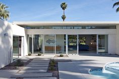 This mid century Palm Springs home by Studio AR+D Architects is a stunner. One could spend a good bit of time looking through AR+D Architects portfolio