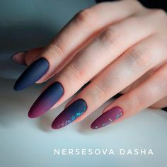 Fancy Ombre Dark Ideas For All Tastes Ombre Nail Designs, Diy Nail Designs, Simple Nail Designs, Maroon Nail Designs, Black Nail Designs, French Manicure Gel Nails, Manicure Y Pedicure, Halloween Acrylic Nails, Fall Acrylic Nails