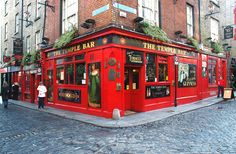 Temple Bar - (http://tripoutlook.com/temple-bar/) #travel - Temple Bar is a popular destination for anyone seeking a fun weekend in Dublin City. But this popular tourist destination has more to it than pubs and bars.  Originally Mudflats, who would have thought that Temple Bar that we know these days would become the mecca for parties and tourists? It...