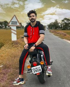 Image may contain: one or more people, cloud, sky and outdoor Cool Hairstyles For Men, Boys Long Hairstyles, Beard Styles For Men, Hair And Beard Styles, Hair Styles, Cute Anime Coupes, Bullet Bike Royal Enfield, Cute Boys Images, Gents Hair Style