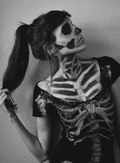 Skelett Kostüm selber machen   Kostüm Idee zu Karneval, Halloween & Fasching