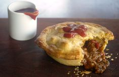 Curry Beef Pies - a Julie Goodwin recipe Aussie Pie, Aussie Food, Australian Food, Australian Recipes, Beef Pies, Mince Pies, Pot Pies, Minced Beef Pie, Savory Pastry
