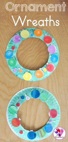 Christmas Ornament Wreath - a super easy wreath craft to make for Christmas - 3Dinosaurs.com #christmascraftsforkids #christmaswreath #paperplatewreath #3dinosaurs Christmas Activities For Kids, Christmas Printables, Christmas Ornament Wreath, Christmas Wreaths, Christmas Books, Christmas Fun, Crafts To Make, Arts And Crafts, Holly Wreath