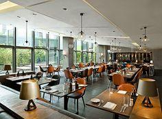 カフェレストラン「Village Cafe」