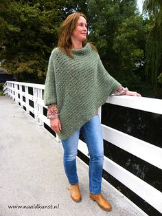 Learn To Crochet Alpine Stitch - foodanddrink Crochet Poncho Patterns, Crochet Scarves, Crochet Shawl, Knitting Patterns Free, Crochet Clothes, Free Pattern, Poncho Shawl, Knitted Poncho, Crochet Video