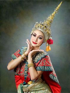 Outfits Traditional Dress On Pinterest Thai Wedding