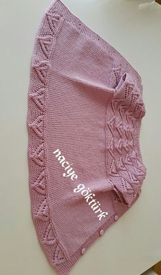 Gradient Baby Vest Making – yonca yurder – Join the world of pin Baby Knitting Patterns, Baby Hats Knitting, Knitting Wool, Easy Knitting, Baby Patterns, Knitted Hats, Diy Crochet, Crochet Baby, Brei Baby