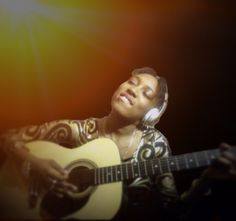 It's a Celebration - interview with singer and songwriter Larina Doreen - Me and My Crazy Mind