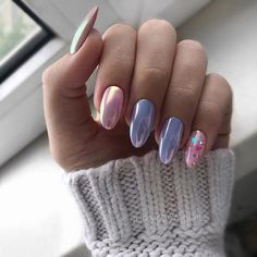 There are many options for nail style, but have you tried chrome nails? Chrome nails are a type of nail that has become popular in recent years, and it will only become more and more popular. Nail Designs Spring, Cool Nail Designs, Trendy Nails, Cute Nails, Cute Acrylic Nails, Hair And Nails, My Nails, Chrome Nails, Rhinestone Nails