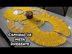 🌼 Caminho de mesa diferente - YouTube Crochet Table Runner Pattern, Crochet Basket Pattern, Crochet Doily Patterns, Crochet Tablecloth, Crochet Designs, Crochet Stitches, Crochet Sheep, Crochet Dollies, Filet Crochet