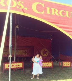 Cute pic of our Cole Bros. Circus ticket winner, Pam, and her daughter, Kora! Thanks for sending in!!