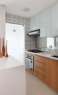 Cozinha integrada : Cozinhas modernas por Danyela Corrêa Arquitetura