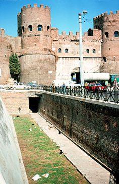 Murallas de Aureliano, Roma Italia