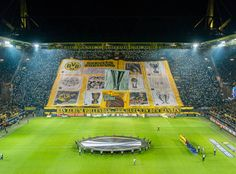 Die BVB-Fans haben unmittelbar vor dem Beginn des Heimspiels der Borussia in der UEFA Europa League gegen den FC Porto wieder einmal ein dickes Ausrufezeichen gesetzt.