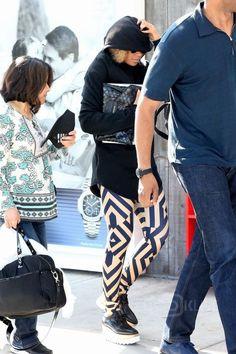 Beyoncé - Arriving at the East Hamptons Airport