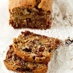 Gluteeniton joululeipä 1. Sekoita piimä ja öljy. Sekoita kuiva-ainekset ensin keskenään ja sitten piimään. 2. Voitele 1 1⁄2 litran leipävuoka. Paista 175-asteisessa uunissa reilu tunti.