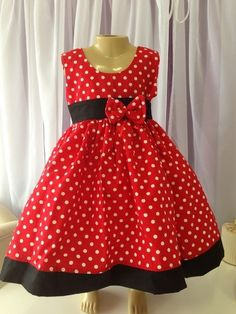Super Ideas For Baby Fashion Christmas Little Girls Baby Girl Party Dresses, Little Girl Dresses, Girls Dresses, Mini Mouse Dress, Baby Girl Dress Patterns, Kids Gown, Girls Christmas Dresses, Mom Dress, Ideias Fashion