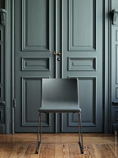 The 5 best interior designers in Berlin: think about renovating your home! It will be your ultimate tool for interior design. Interior Door, Best Interior, Interior Design, Interior Modern, Minimalist Interior, Index Design, Beautiful Living Rooms, Modern Classic, Classic Style