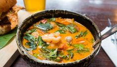 we life is good Thai Recipes, Organic Recipes, Healthy Recipes, Healthy Food, Spicy Thai Noodles, Thai Coconut Soup, Pasta, Sweet Potato Recipes, Sweet And Spicy