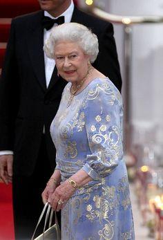hotmonarchy: Beautiful shot of The Queen