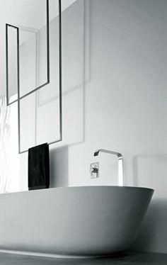 48 Stunning Ideas for Creating a Minimalist Bathroom - Page 47 of 50 Minimalist Bathroom Furniture, Minimalist Bathroom Design, Bathroom Interior Design, Minimalist Decor, Bathroom Colors, White Bathroom, Modern Bathroom, Small Bathroom, Master Bathroom