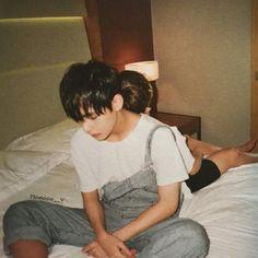 jungkook & v photoshoot i need u Jungkook V, V Taehyung, Bts Bangtan Boy, Bts Hyyh, I Need U Bts, I Love Bts, Park Ji Min, Cnblue, Btob
