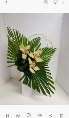 Tropical Flower Arrangements, Modern Floral Arrangements, Creative Flower Arrangements, Ikebana Flower Arrangement, Church Flower Arrangements, Flower Centerpieces, Altar Decorations, Flower Decorations, Exotic Flowers