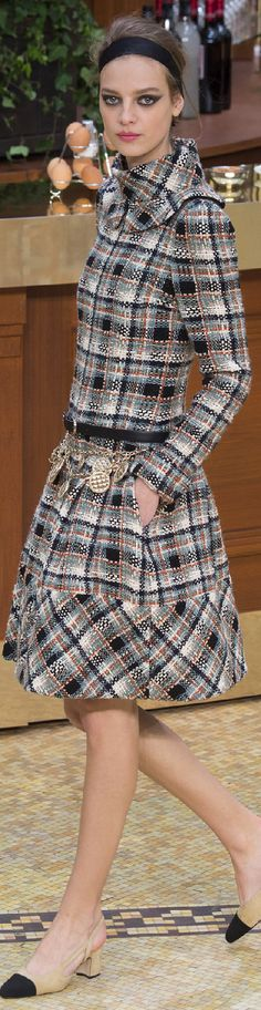 Chanel Autumn/Winter 2015-16 Ready-To-Wear