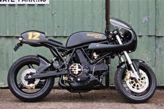 Ducati 900SS Cafe Racer - Made In Metal - Inazuma Cafe Racer