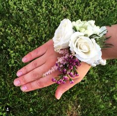Hand corsages for mother of the bride